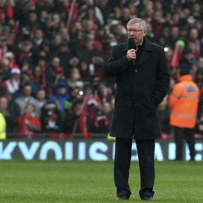 Manager-Sir-Alex-Ferguson-addresses-the-crowd-after-his-last-game-as-manager-of-Manchester-United-at-Old-Trafford-1885451