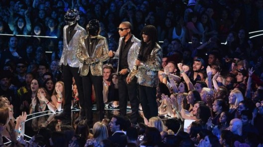 131219-grammy-awards-2014-daft-punk